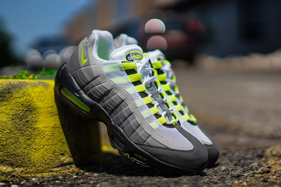 Nike air max 95 og neon release date reminder 02